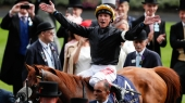 Royal Ascot show must go on, says race chief